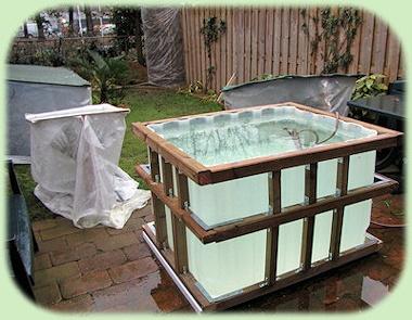 Aanleg van een vijver vijvers waterplanten en aquaria for Terrasvijver maken